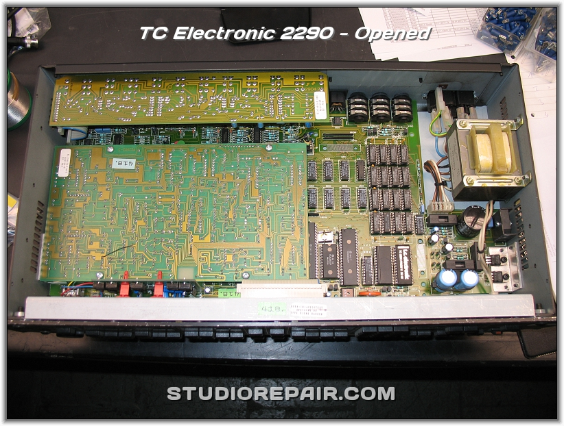 studio repair tc electronic 2290 opened. Black Bedroom Furniture Sets. Home Design Ideas