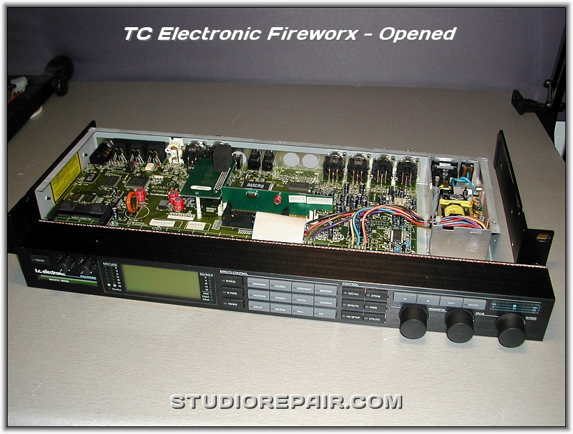 studio repair tc electronic fireworx opened. Black Bedroom Furniture Sets. Home Design Ideas